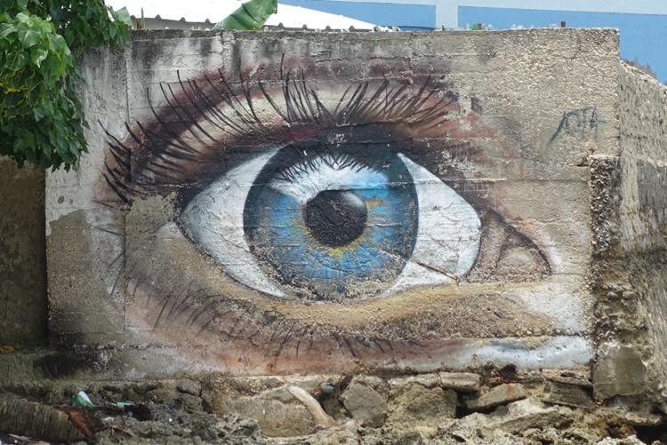 Street art in Colombia by Lori Zaino