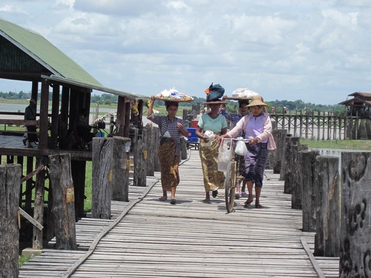 Women in Myanmar by Lori Zaino